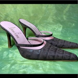 ADRIANA CARAS Leather Shoes Size 36.5